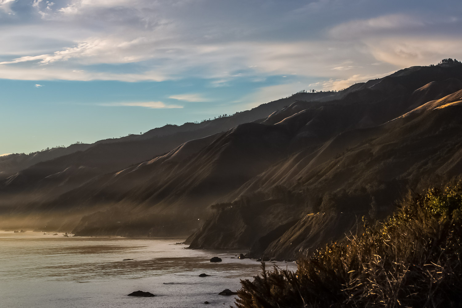 Big-sur-coast-cliff